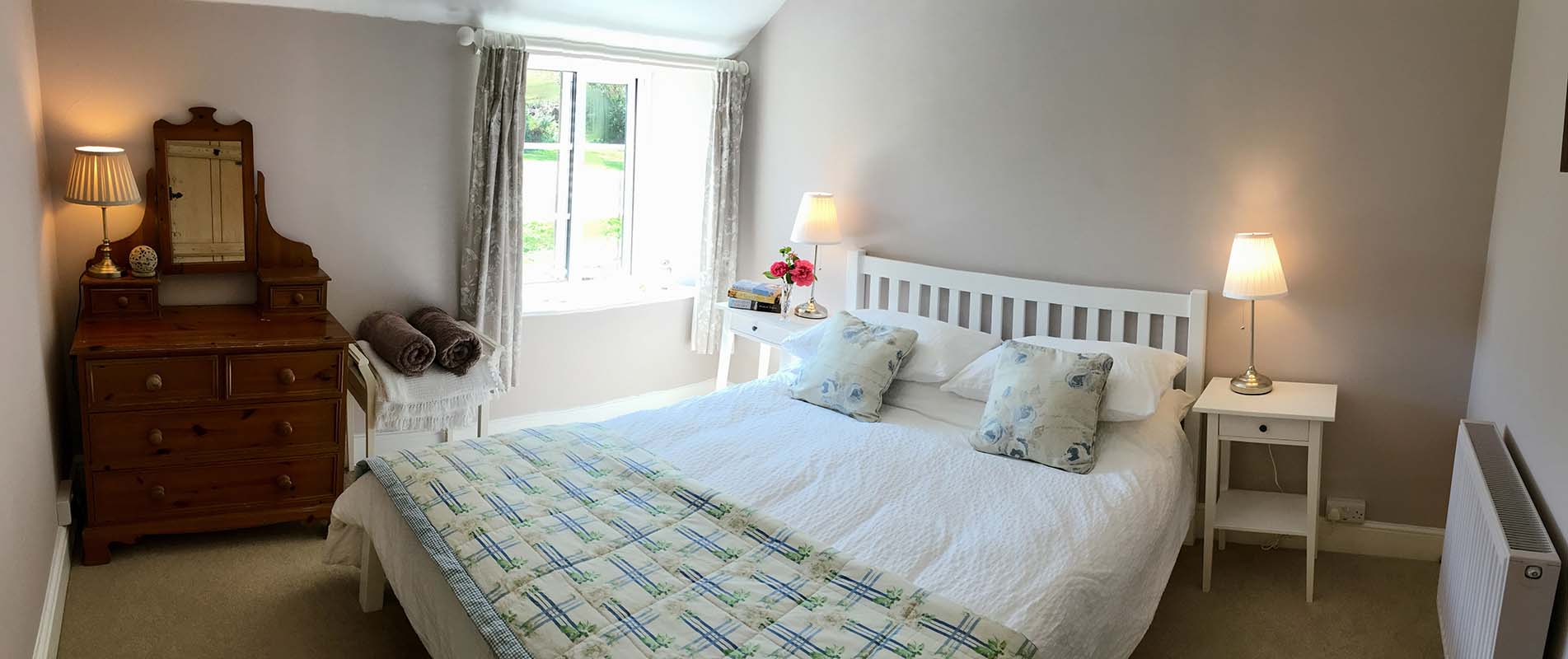 The kingsize bedroom in the Victorian Wing